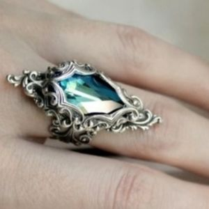 Jewelry - 🎀Aqua Stone Medieval Style Ring